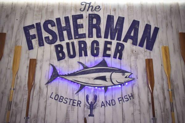 The Fisherman Burger risto-pescheria sulle sponde del Tevere