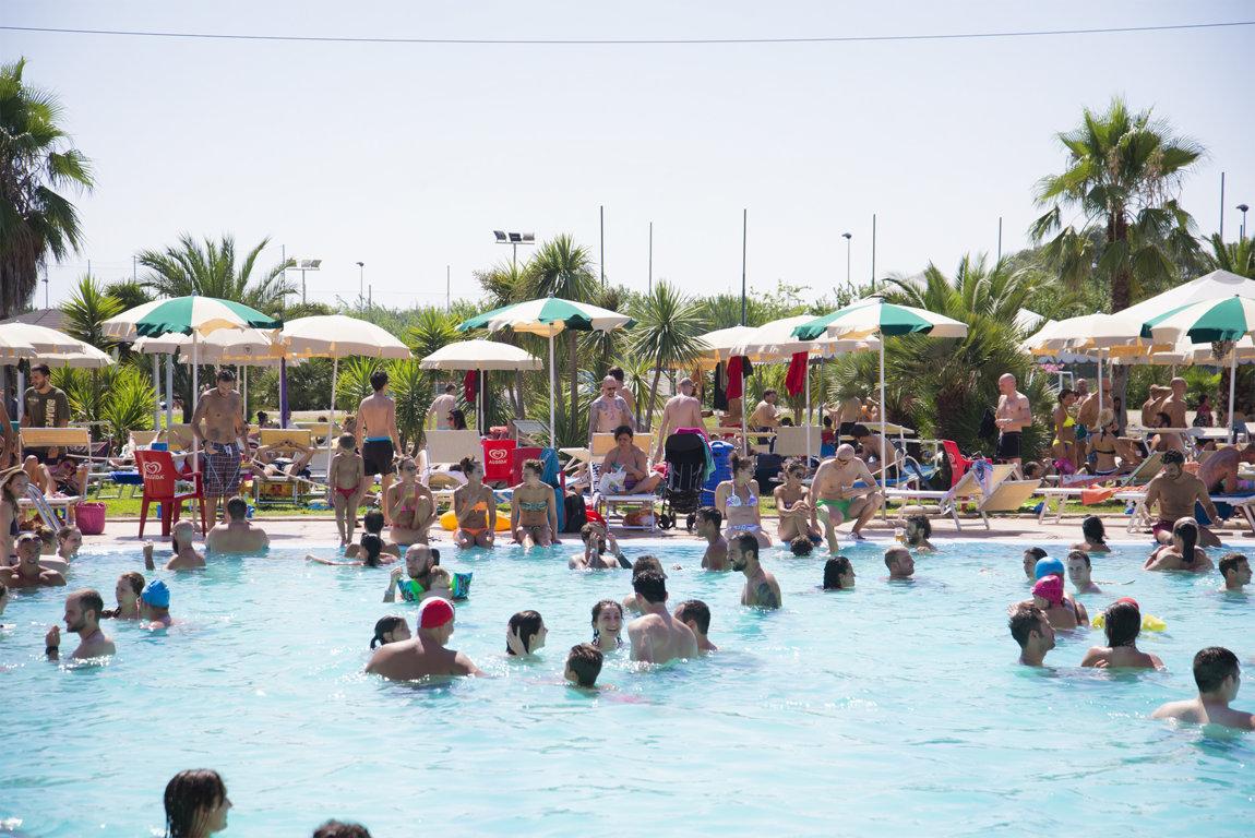 Summer Pool Festival 2016 - Un tuffo nella birra!