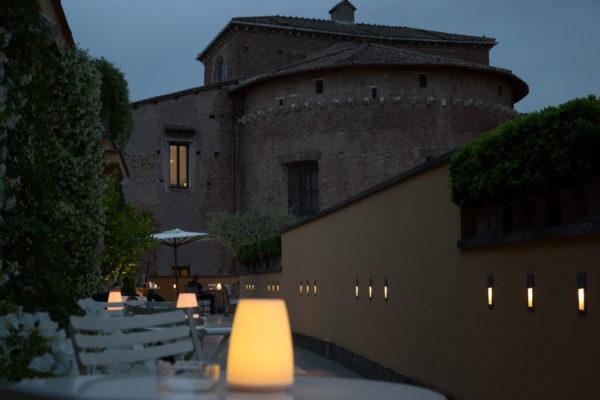 Dimore con Gusto - A Roma apre la terrazza dell\'Hotel Capo d\'Africa ...