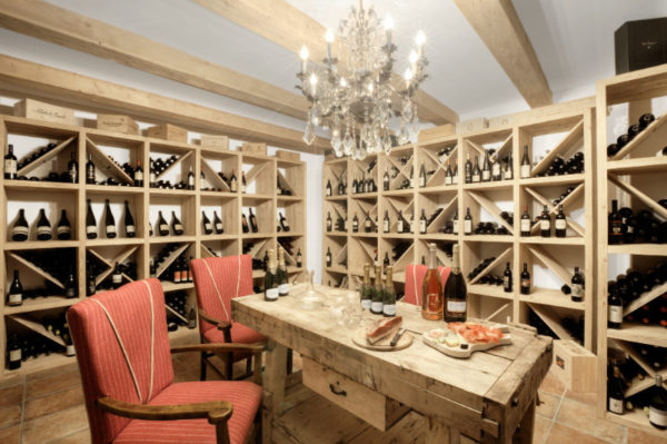Hotel Tyrol, quando il vino è a tavola e in vasca!
