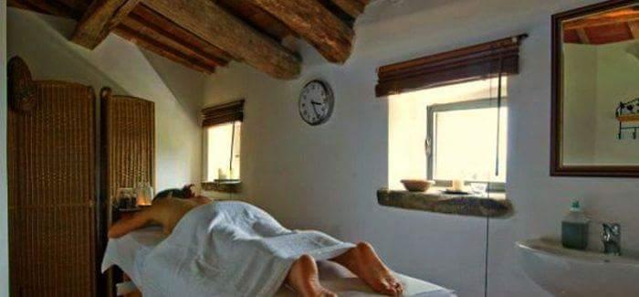 Dimore con Gusto – L'Antico Casale di Montegualandro e Spa in Umbria sulle sponde del Trasimeno