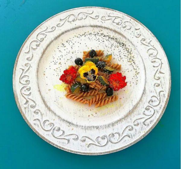 Fusilli di farro integrale con vellutata di zucca all'arancia speziata e fagiolini