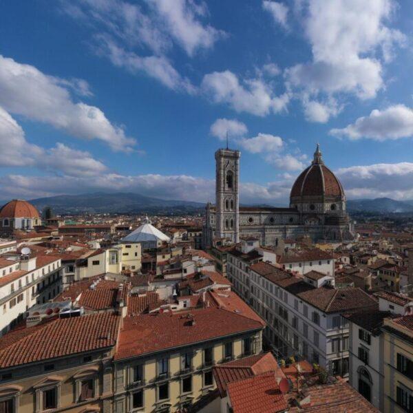 Il Brunelleschi Hotel di Firenze. Eleganza, charme e cucina gourmet.