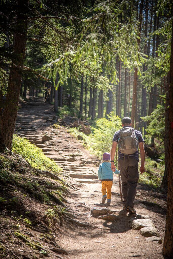 I Familienhotels Südtirol presentano il familix nature programme 2021.
