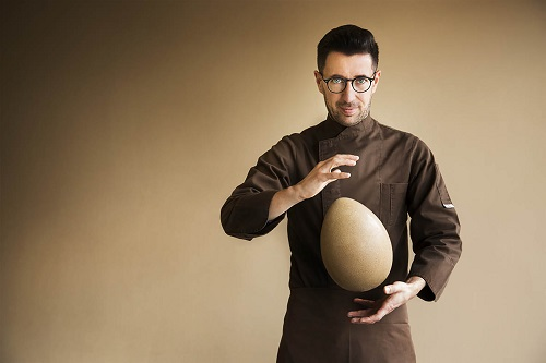 A Pasqua l'uovo di cioccolato è crudo